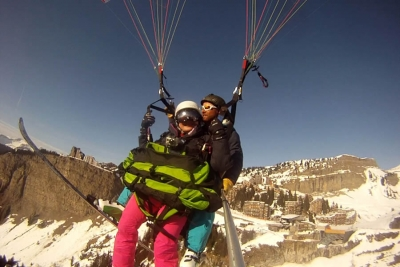 Aireole is a professional ski and paragliding school